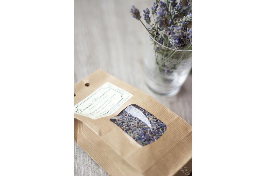 saccetto di fiori di lavanda biologica ed edibile