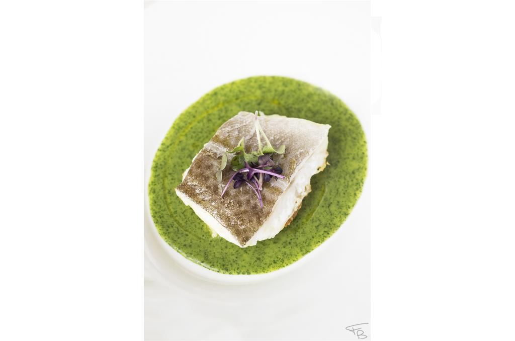 ristorante la piazzetta - Secondo dello chef: Baccalà scottato, crema al prezzemolo e patate leggermente affumicate da noi