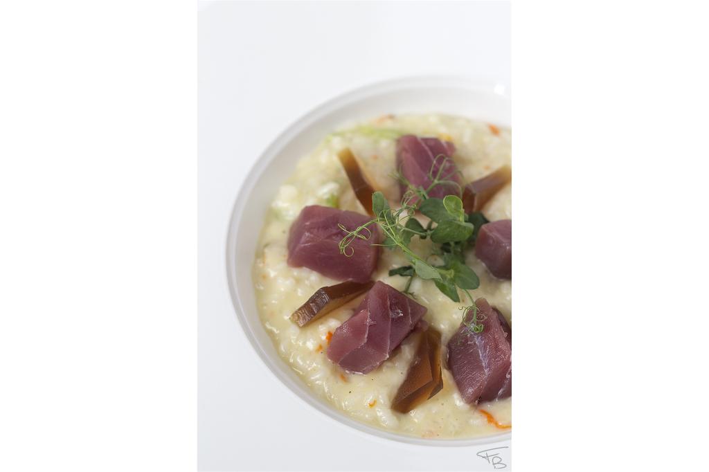 ristorante la piazzetta - Risottino Carnaroli invecchiato fiori di zucchina, tonno e gelatina di birra