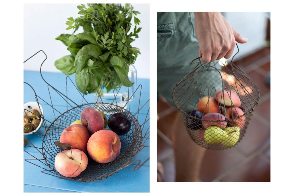 Carloforte, frutta fresca, erbe aromatiche e olive