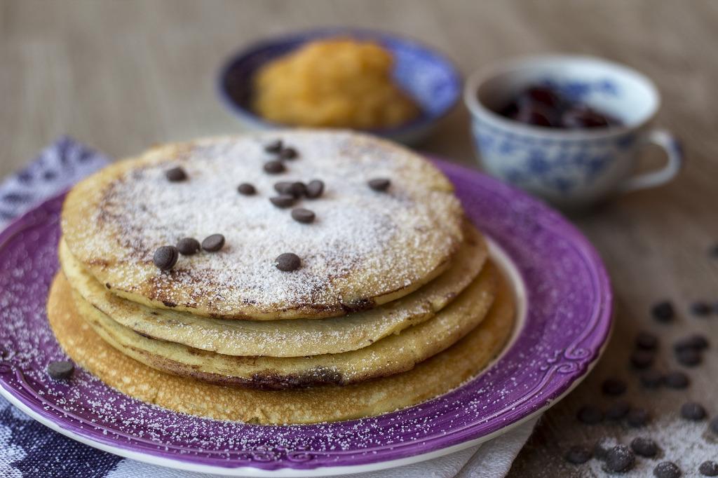 piatto di pancakes per iniziare bene la giornata