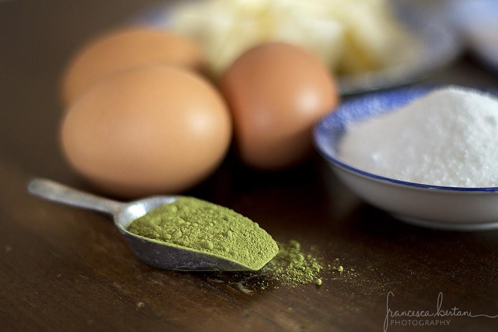 focus ingredienti per fare i biscotti al tè matcha
