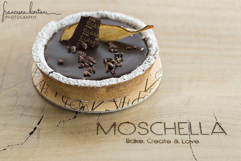 minicake, torta monopozione al sapore di pere e cioccolato